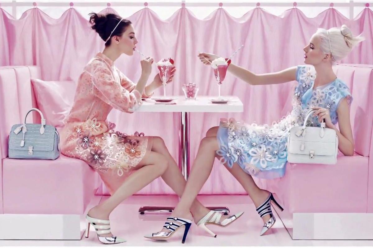 HBS-pantone-colour-beauty-products-2016-1200x800 - justporsh-com
